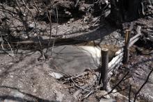 Albarrada con sedimentos y cenizas